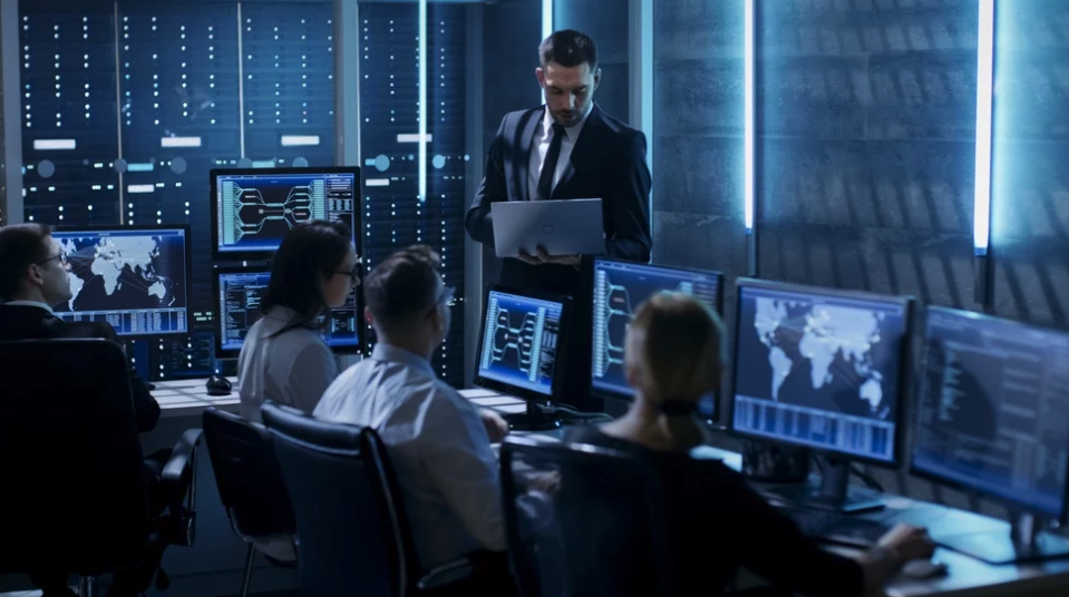 MantisNet Blog Post - Difference Between Network Monitoring and Network Security Monitoring